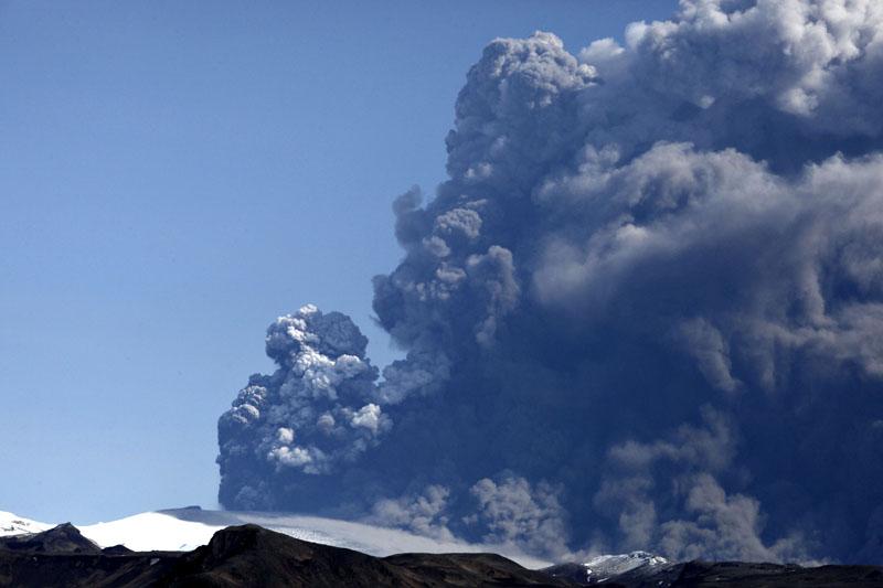 Island_vulkan01